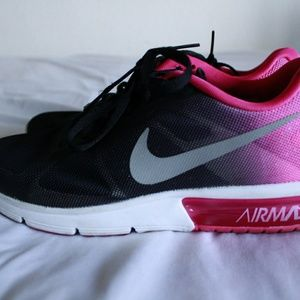 2017 Nike AirMax Sequent Pink